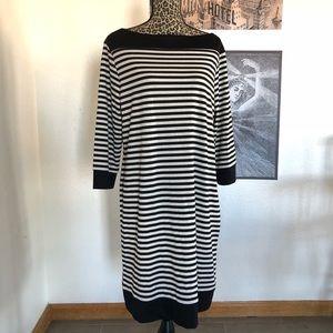 {Isaac Mizrahi} 3/4 Sleeve Shift Dress